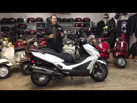Clevelandmoto Unboxing Kymco X-town 300