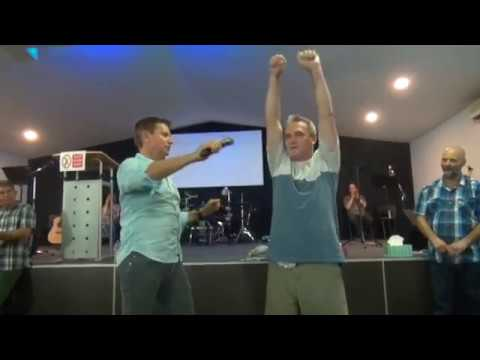 Video Terminal stage 4 stomach cancer tumours shrink & disappear after healing prayer - John Mellor