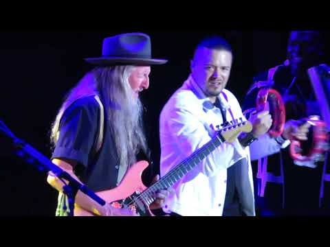 Santana & The Doobie Brothers - She's Not There - LIVE Close Denver 3JULY2019