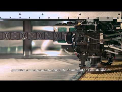 Máquina de corte de airbags planos para automóviles FocusQuantum® de Lectra.
