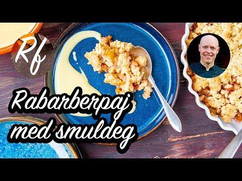 Rabarberpaj - en smulpaj med rabarber är en klassiker med köpt eller hemgjord vaniljsås, vaniljvisp eller vaniljglass till fika, efterrätt eller dessert.>