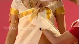 How to wear a Namboothiri sari?