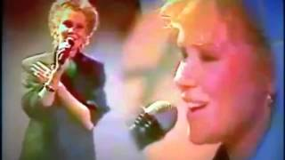 Agnetha Fältskog one way love from the Mike Aan Zee show  may 1985 restored sound and video