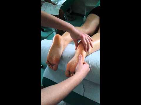 Jak leczyć guzek na jego narkotykowego noga kciuk