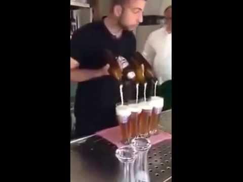 Quán Bar nhà em mới tuyển 1 nhân viên mới