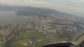 preview picture of video 'Helikopter Rundflug in Gmunden/Helicopter Sightseeing Flight in Gmunden, Austria'