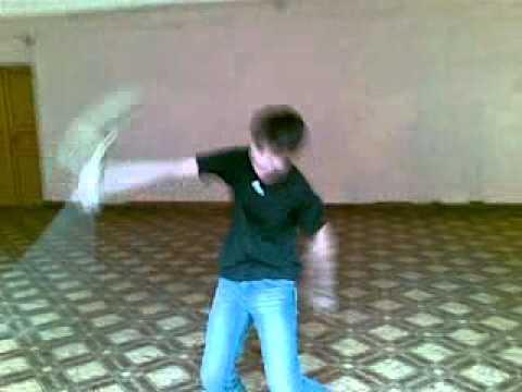 Парень мастер кунг-фу / видео