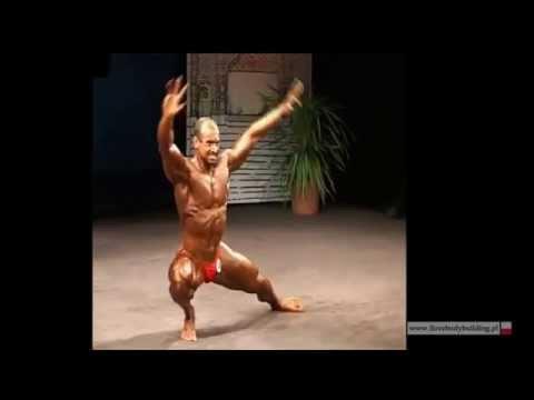 Ćwiczenia zacisnąć mięśnie ramion