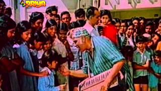 Song - teri galiyon mein hum aaye .by Manna Dey - YouTube