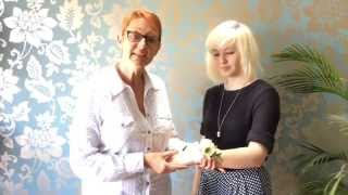 T's Top Wedding Tips - How To Tie A Wrist Corsage