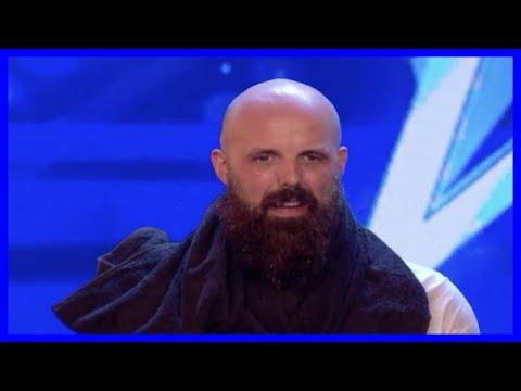 Britain's Got Talent escapologist Matt Johnson had PARAMEDICS on standby as judges feared for (видео)