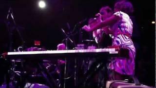 "St. Vincent / Norah Jones / Martha Wainwright / Doveman - ""Dreams"" (2011-09-23)"