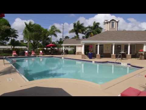 Enjoy Resort-Style Amenities - Meadow Lakes - Naples, FL