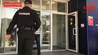 Задержание Данила Максимова на Народном сходе в Путилково