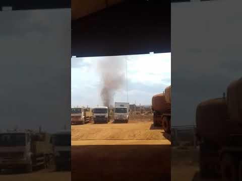 Furacão usina em Bambuí MG 22/10/2017