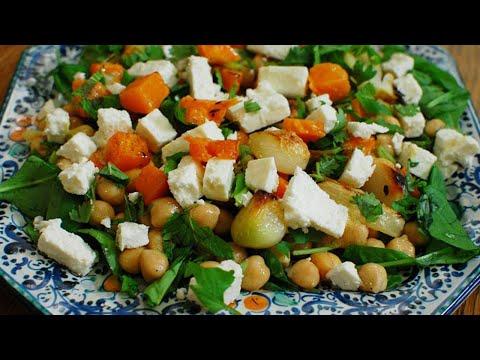 Салат из нута с запеченными овощами и фетой