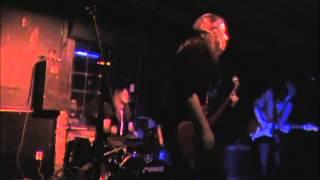 Video VLÁKNA live FUZZFEST ( píseň VLČÍ MÁKY )