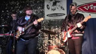 Explorers Club Live at Vintage Vinyl  7/2/16