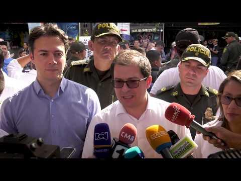 Fiscal General de la Nación visita la Comuna 13 de Medellín