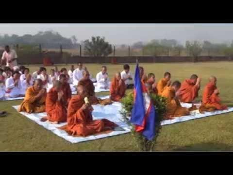 ប្រជុំព្រះបរិត្ត(ធម៌សូត្រ)នៅ វត្តនិគ្រោធវ័ន (គល់ទទឹង) dharma chanting, dhamma post Tv