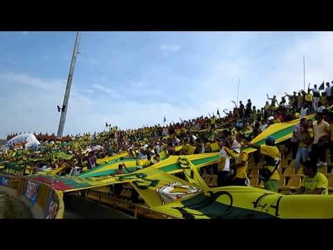 """""""Los Locos Del Moron ( R.A.V.N )"""" Barra: Rebelión Auriverde Norte • Club: Real Cartagena"""