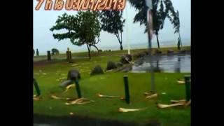 preview picture of video 'cyclone réunion Dumilé (d'ou mi lé?) LE PORT'