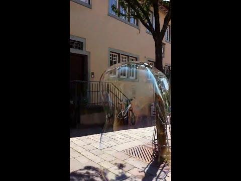 Stelzenmann Walkakt Seifenblasen Zaubern Ballonmodellieren video preview