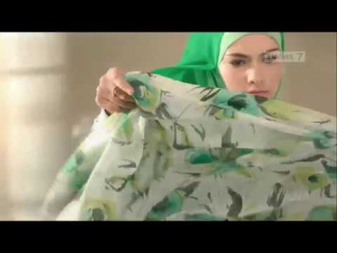Siti Widyanti Iklan Shampo Rejoice 3in1 Perfect Cool
