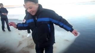 Школьники на льду :DDDDDD