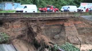 Video impactante de la fractura de la autopista Francisco Fajardo a la altura de Antimano