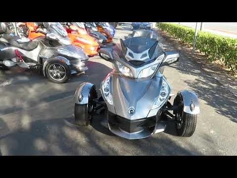 2012 Can-Am Spyder® RT-S SE5 in Sanford, Florida - Video 1