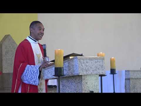 Padre Valdir faz o seu anúncio oficial da sua despedida de Juquitiba o melhor padre da historia de Juquitiba vai embora católicos choram e se emocionam