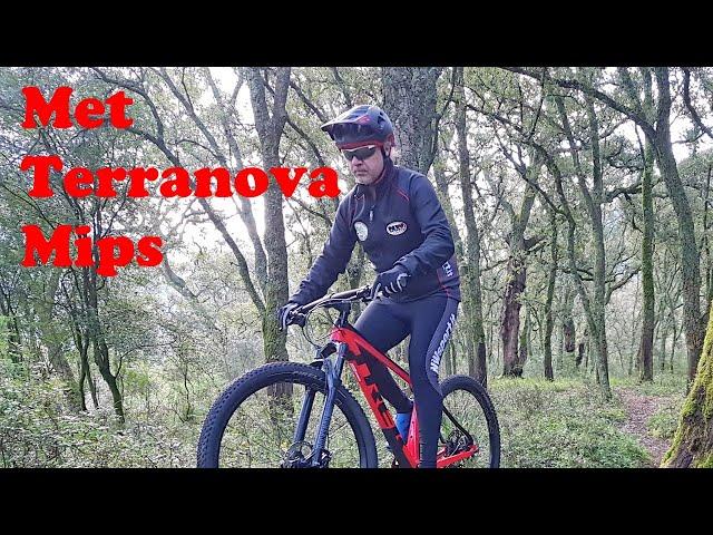 Видео Шлем MET Terranova MIPS Black Red (matt/glossy)