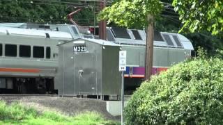 preview picture of video 'NJT ALP45-DP #4509 Shoves East At Morris Plains 7-31-2012'