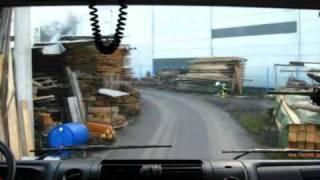 preview picture of video 'Gasilci PGD Loka pri Mengšu - vožnja na požar hladilnice Niko transport v Moste pri Komendi'