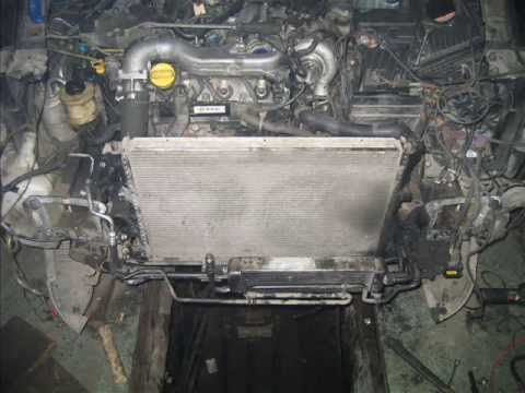 Фото к видео: Renault VelSatis engine change. Рено ВелСатис замена двигателя.