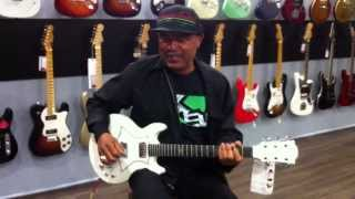 Donovan Mc Kitty (guitariste de Steel Pulse) chez Guitare Avenue St Etienne 42