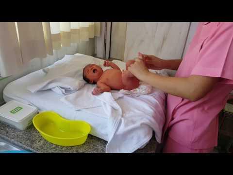 สอนอาบน้ำ สระผม เด็กแรกเกิด น้องลิลิน
