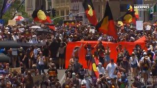 Mii de oameni au protestat faţă de 'Ziua Australiei', o sărbătoare care provoacă discordie