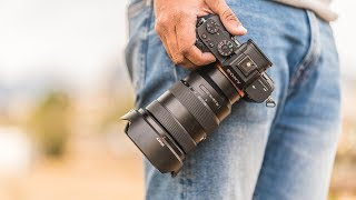 THE BEST TRAVEL LENS FOR SONY A7riii/A7iii/A7sii  📸