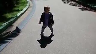 Побег от своей тени! Приколы с Детьми! Funny Kids!