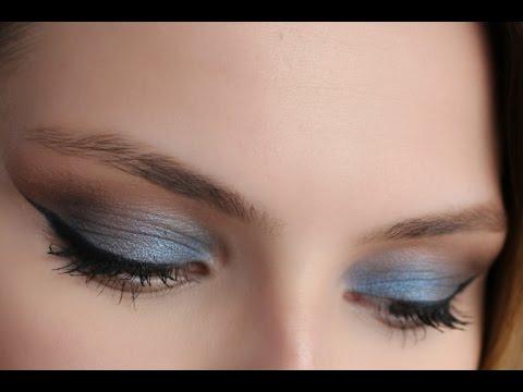 Mavi/Kahve Buğulu Göz Makyajı