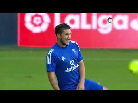 Calentamiento Cádiz CF vs Granada CF
