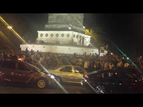 Праздник на площади Бастилии после истор