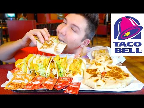 Massive Taco Bell Feast • MUKBANG