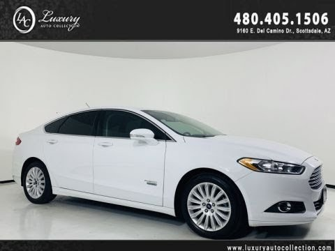 Pre-Owned 2016 Ford Fusion Energi SE Luxury Hybrid Sedan