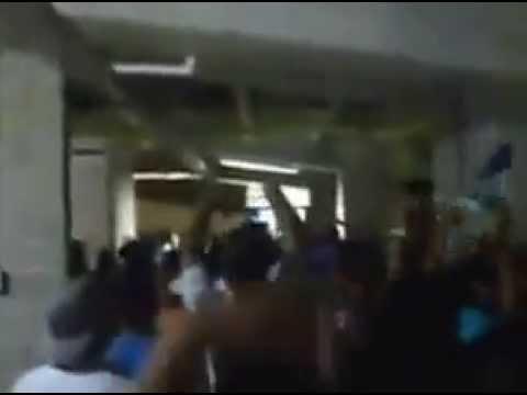 """""""los de siempre un minuto de silencio previa al partido"""" Barra: Los de Siempre • Club: Jaguares de Córdoba"""