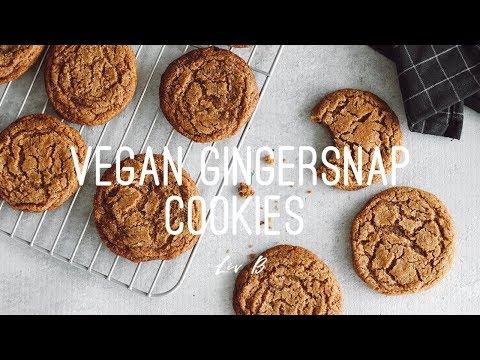 Vegan Gingersnap Cookies | gluten-free holiday recipe