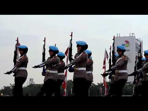 Panglima TNI dan Kapolri Menerima Gelar Adat Dayak