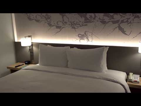 Hilton Garden Inn Singapore Serangoon – Review of King Deluxe City View Room 1420